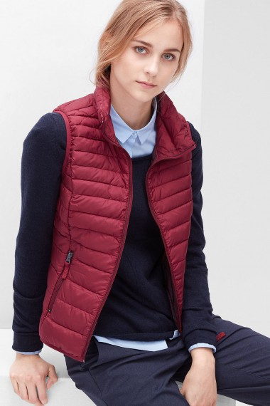 Dámska vesta s.OLIVER / Light down body warmer 04.899.53.3708 4572